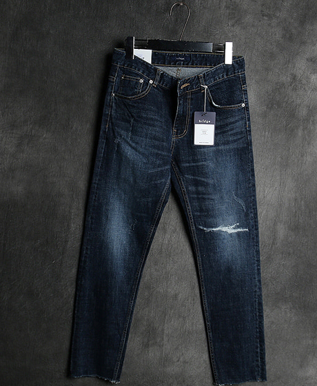 P-8183DAMAGED DENIM PANTS데미지 데님 팬츠Color : 1 colorMaterial : denim