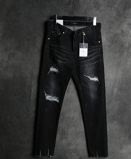 P-8184DAMAGED BLACK DENIM PANTS데미지 블랙 데님 팬츠Color : 1 colorMaterial : denim
